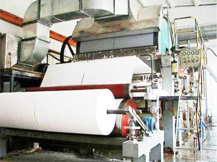 Tissue Jumbo Rolls Cutting Machine