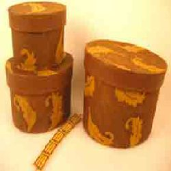 Classic Leaf Oval Box Set of Three